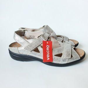 Drew Barefoot Freedom Sandals Lagoon Silver  10 w
